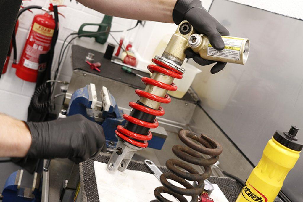 shock absorbers repair